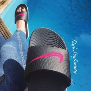 NIKE Slides Black Pink Slippers Shoes NWT New